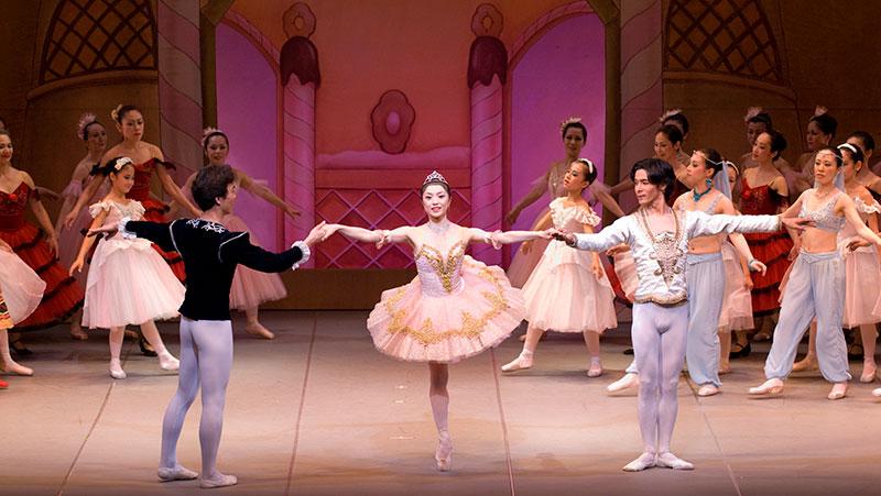 吉野百合子主催 クラシックバレエ教室 特別クラス