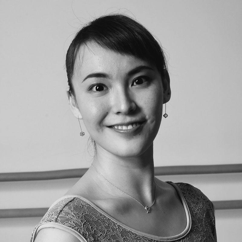 クラシックバレエ講師 藤原 凪